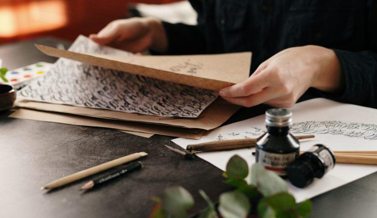 8 dobrych nawyków, które pomogą Ci w nauce kaligrafii